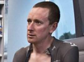 bradley wiggins avoids charges over jiffy bag riddle