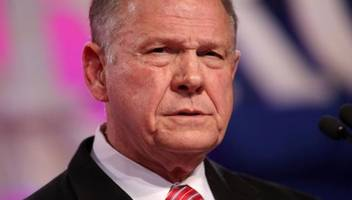 roy moore to hold unplanned press conference at 5pm est