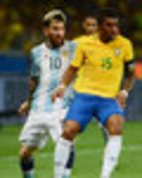 Lionel Messi chose bizarre moment to persuade Paulinho to join Barcelona