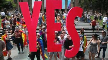 Australia gay vote: The moment the country said yes