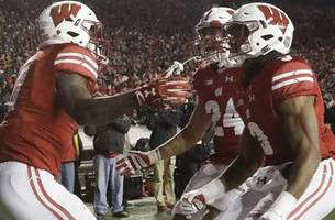 Badgers move up to No. 5 in latest College Football Playoff rankings