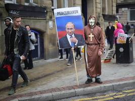 suspected russian twitter accounts spread islamophobia and sharia law fears before the brexit vote (twtr)
