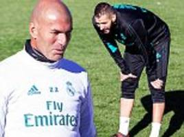 Real Madrid stars Cristiano Ronaldo and co training