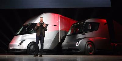 Former GM CEO calls Tesla a 'losing enterprise,' and says it's 'going out of business' (TSLA)