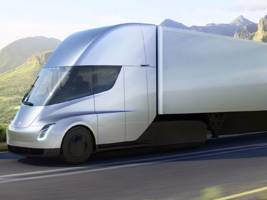 Watch Elon Musk show off Tesla's first electric 18-wheeler — which can go from 0-60mph in five seconds