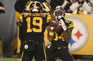 steelers rout titans behind big ben's 4 tds