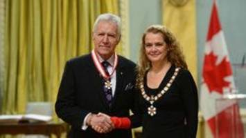 i'll take the order of canada for 2017, alex! trebek, the tragically hip among order of canada recipients