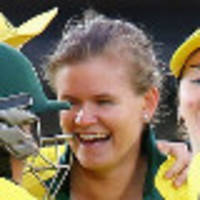 Mooney inspires Australian women to retain Ashes