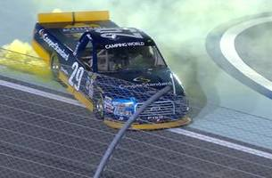 Chase Briscoe scores first career win in BKR's final race | 2017 TRUCK SERIES | FOX NASCAR