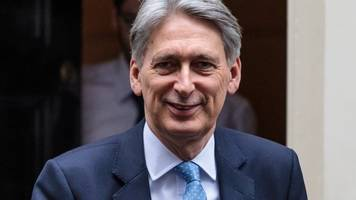 budget 2017: philip hammond to announce boost for driverless cars