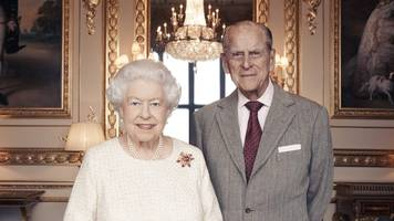 New portrait marks Queen and Prince Philip's 70th anniversary