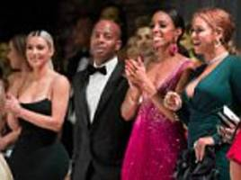 kim kardashian and beyonce seated by each other at wedding