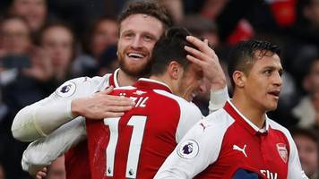 arsenal beats spurs for first time since 2014