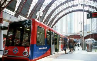 dlr upgrade: tfl names bidders vying to build new air-conditioned trains