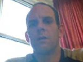 on-the-run prisoner posts london holiday snaps on facebook