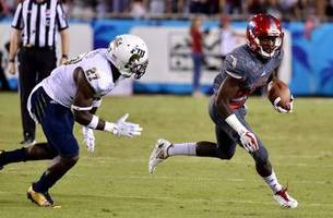 shula bowl blowout: fau crushes fiu for 9th straight victory