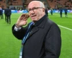 world cup failure sees tavecchio quit as head of italian fa, but board refuse to follow