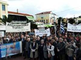 lesbos residents go on strike over migrant 'prison'