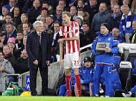 crouch makes record premier league substitute appearance