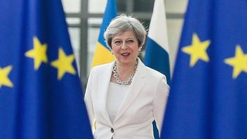 Brexit divorce bill: Theresa May to hold 'inner cabinet' talks