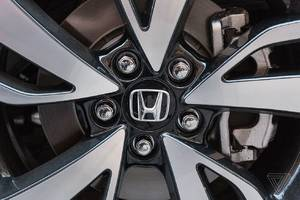 honda is using facebook to find owners affected by takata airbag recall