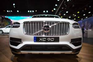 Uber is buying 24,000 Volvo XC90 SUVs to form a fleet of driverless cars