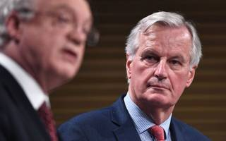 barnier: city firms will lose financial passports after brexit