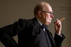'darkest hour' film review: gary oldman's churchill carries on but never keeps calm