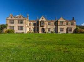country manor where the queen partied in the 60s for sale