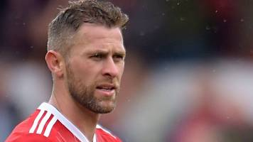 daryl murphy: nottingham forest forward 'mentally drained' by world cup defeat