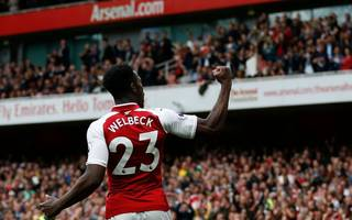 "Wenger ""convinced"" a fit Welbeck will be picked for England World Cup squad"