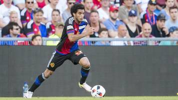 Bob Bradley persuades Egypt's Omar Gaber to join Los Angeles FC