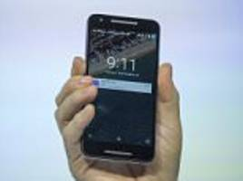 google tracks customer movements with phones even when off