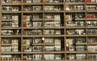 think tank sounds alarm over falling living standards