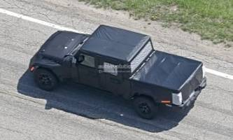 report: 2019 jeep scrambler pickup coming with optional soft top