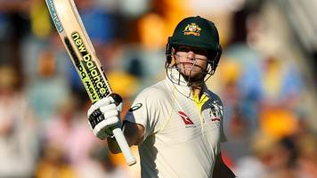 Captain Smith leads Australia recovery to leave Ashes Test delicately poised