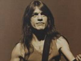 fans farewell ac/dc co-founder malcolm young in sydney