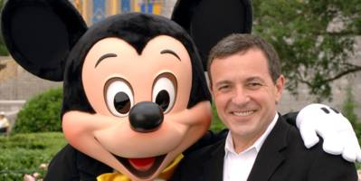 Disney CEO Bob Iger will reportedly stay on past 2019 if his company acquires 21st Century Fox's TV assets (DIS)
