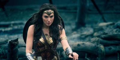 'wonder woman' fuels warner bros. to top $5 billion at the 2017 global box office (twx)