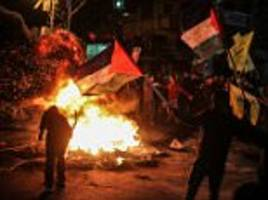 Lebanese issues 'Death to America' threat