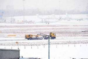 more birmingham airport travel chaos expected as snow blasts city