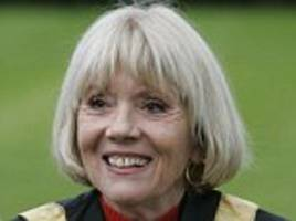 dame diana rigg reveals her heart stopped during operation