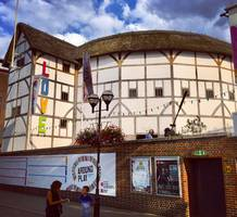 New Globe Theatre Director Allows Cast to Pick Their Roles – and for Audiences to Pick the Plays