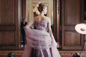 costume designers guild puts 'phantom thread,' 'beauty and the beast' on the best-dressed list