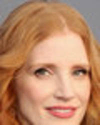 jessica chastain, 40, unleashes sideboob as she ditches bra