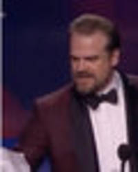stranger things fans freak out over david harbour's amazing critics choice awards speech