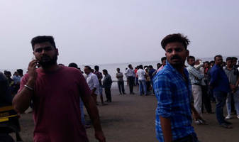 Boat with 40 school children capsizes in Dahanu, Maharashtra