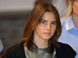 amanda knox is paid to give speeches about kercher murder