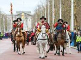 history fans re-enact king charles i's march to block