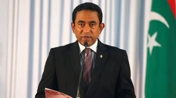 maldives orders army to resist any supreme court impeachment order